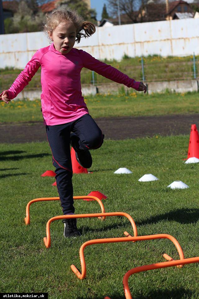 obr: Už 20. 9 na námestí Raiffeisen detská atletika